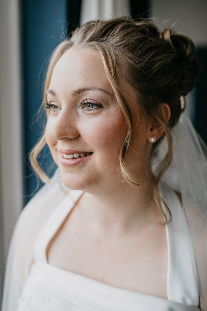 Portret bruid in Hoorn