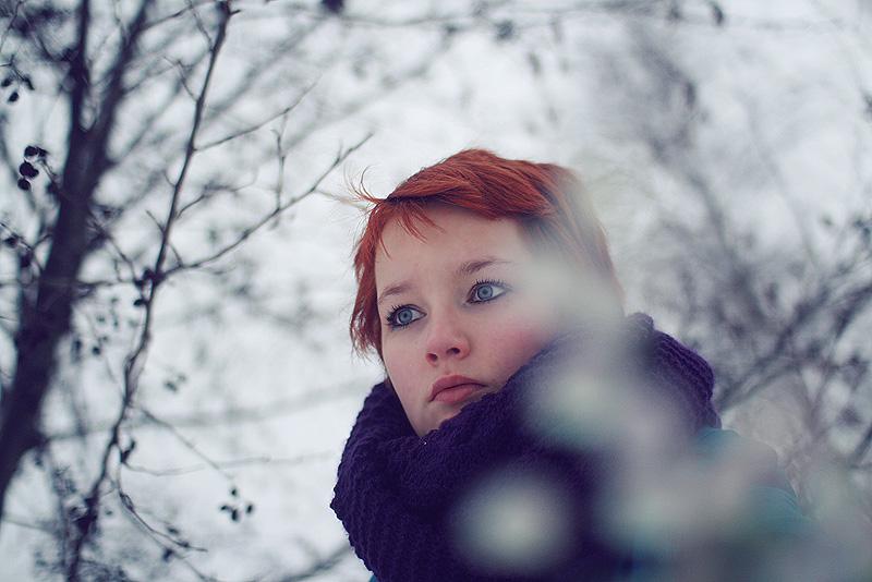vrouw in sneeuwlandschap