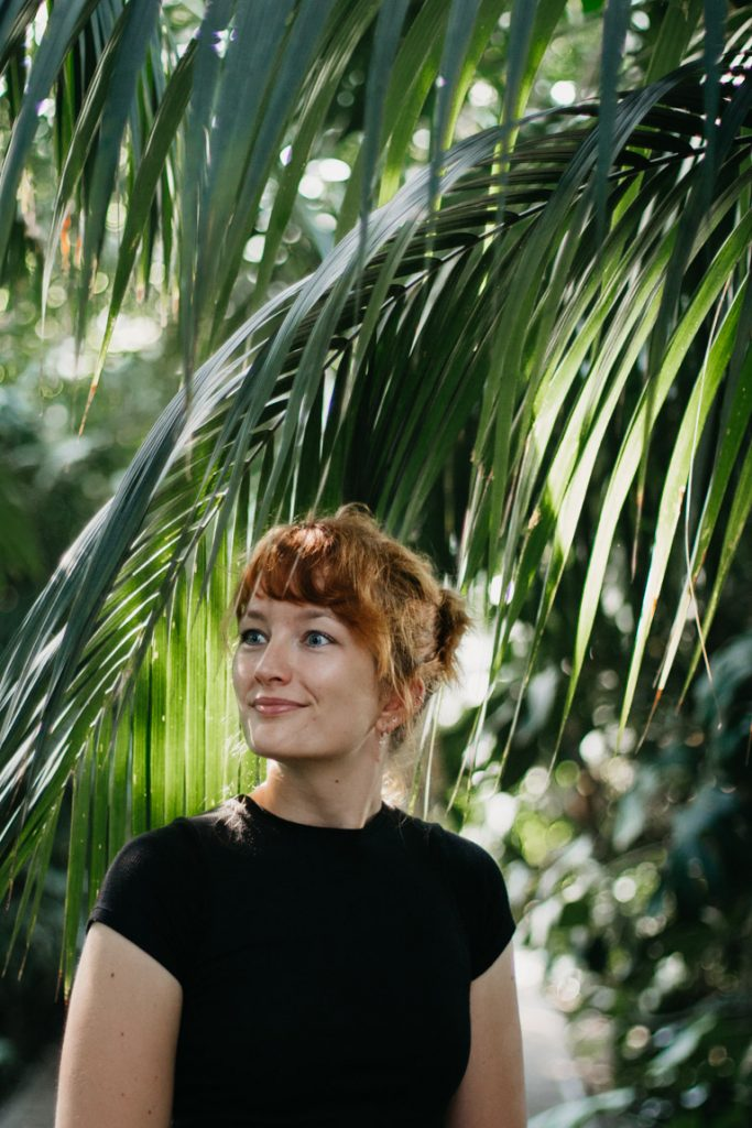 portret vrouw botanische kas