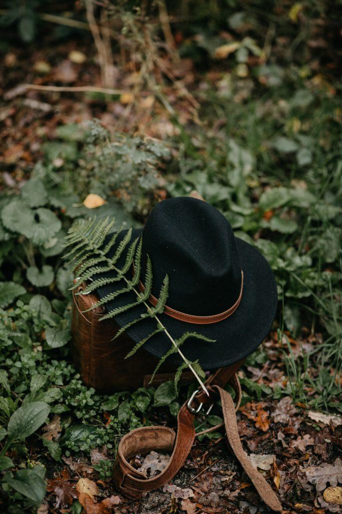detail sfeerbeeld hoed met varen