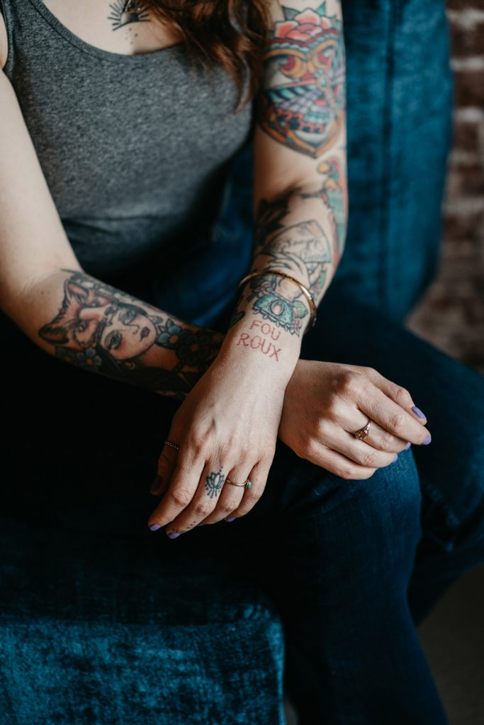 detail tattoos vrouw