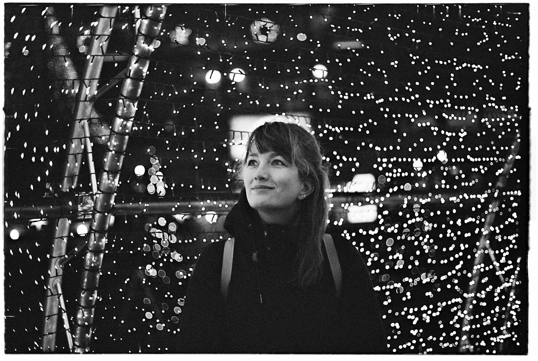 portret vrouw in het donker